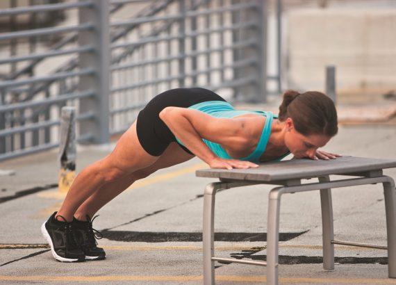 Frau Training Druckübung Banl